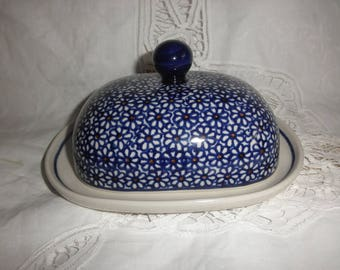 Small Platter Blue Ceramic Pottery for Cheese or Butter with Cover made by Boleslawiec in Poland