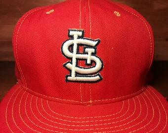Vintage St. Louis Cardinals red snapback hat