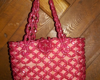 REDUCED!  Hot pink plastic bead purse from the 1950s, Mid-Century Handbag, day purse, evening bag