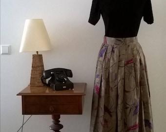 Beautiful elegant vintage skirt, 70 years