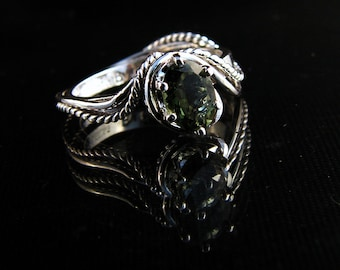 Waterscape - Tourmaline ring