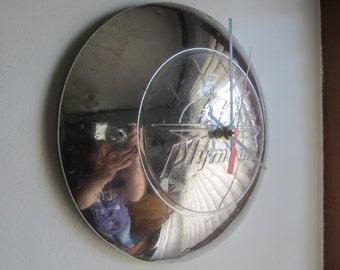 1946-48 Plymouth Hubcap Clock no.2516