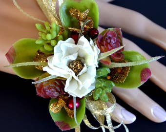 Prom ring corsage with succulents and gold accents