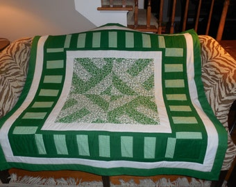 KELLY GREEN throw quilt