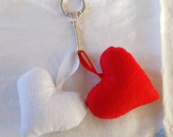 Key duo red and white hearts