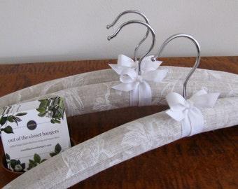 Linen Hangers, Padded Hangers, Linen Clothes Hangers, Linen Padded Hangers, Natural Linen Hangers, Floral Linen Clothes Hangers Set of 3