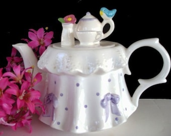 TELEFLORA Teapot * Table Set for A TEA PARTY * Tea Decor * Kitchen Decor