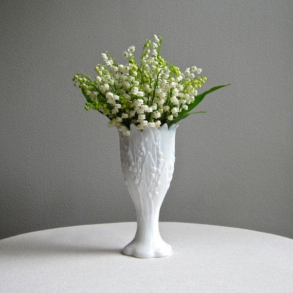 Vintage Lily Of The Valley Milk Glass Vase By Westmoreland