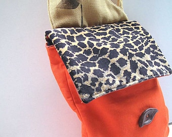 leopard mini messenger