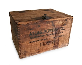 Vintage Wood Crate, Atlas Powder Company Crate, Explosives Storage Crate, Wooden Crate, Dovetail Wood Box / Farmhouse Primitive Rustic Decor