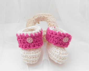Pink baby booties, crochet baby booties, cotton booties, baby shower gift, baby girl gift, gift for baby, baby shoes, crib shoes