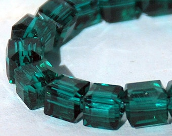 20 pcs 4.5mm Faceted Transparent Dark Green Glass Cube Beads #3