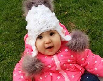 Baby girl hat/pom pom baby hat/bonette for little girls