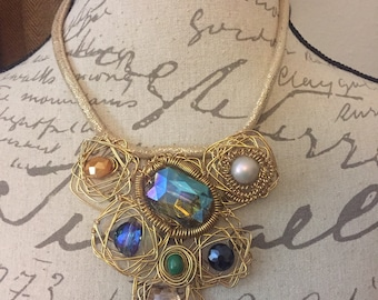Wire crystal statement necklace