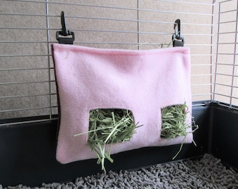Guinea Pig Hay Feeder - Clip-on Design [Pink]