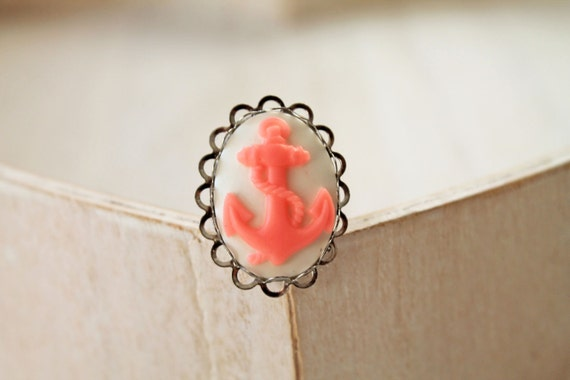 Anchor ring cameo pink white Fantasy Kawaii rockabilly nautical
