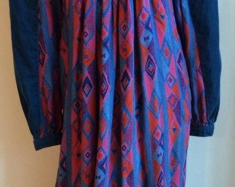 French vintage dress beautiful colors S/M