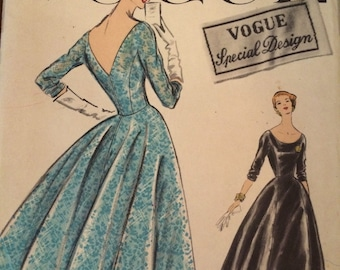 Stunning Vintage Evening Dress and Petticoat Pattern--Vogue Special Design 4753---size 14 Bust 34