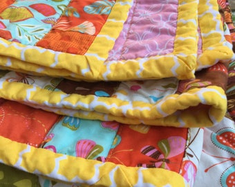 Ready to Ship! Wing and Leaf Quilt - Butterflies Birds Raindrops - Pink & Yellow Quilt for Girl Room