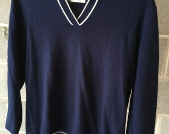Vintage navy sweater size Small 3/4 sleeve