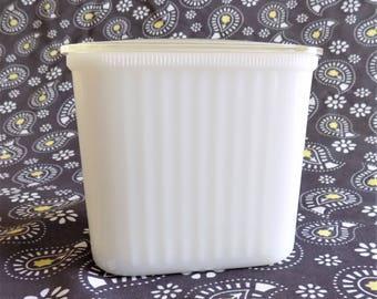 Hazel Atlas Milk Glass Fridgie with Lid, Vintage 40s Refigerator Dish, Leftover Container,Salt box or Sugar Bowl