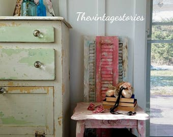 HEAVY Distressed Pink End Table Side Table Nightstand Accent Table Kids  Room Nursery Room Shabby Cottage