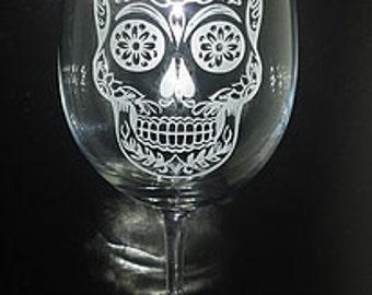 Dia de Los Muertos Sugar Skull Etched Wine Glass