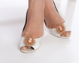 shoes clips, wedding shoes clips, gold shoes clips, bridal shoe clips, vintage style shoes clips CAMEO