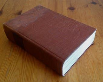 Vintage 1935 book The Woollcott Reader 3rd printing Viking Press