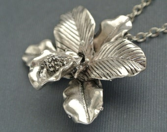 Antique silver orchid flower necklace gift for her-Flower necklace gift for mom-Orchid jewelry-Wedding jewelry- Bridesmaid gifts-Floral gift