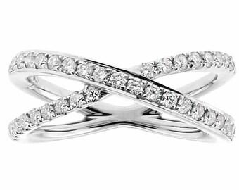 11578 Diamond Criss-Cross Ladies X Ring In 18Kt White Gold