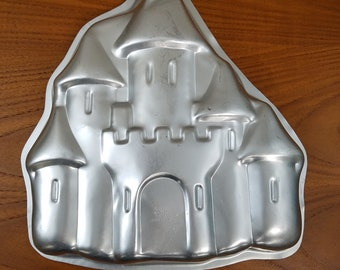 Castle Cake Pan, Sand Castle Cake, Regular Flat Cake Pan Cookie Mold or Gelatin Mold