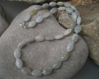 Delicate aquamarine chain #363