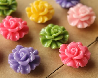 CLOSEOUT - 10 pc. Large Glossy Flower Beads 19mm by 11.5mm | RES-464
