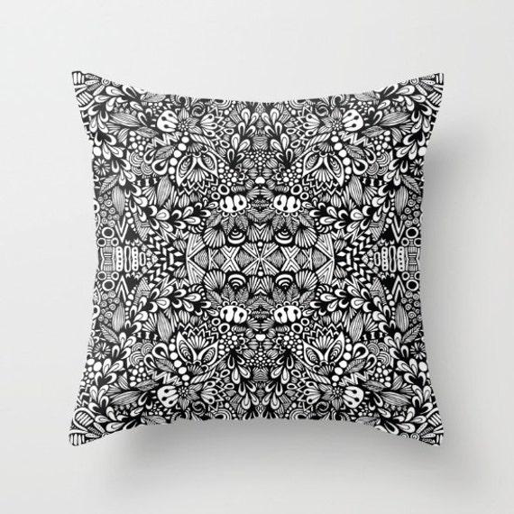 Zentangle - B&W Pillow Case