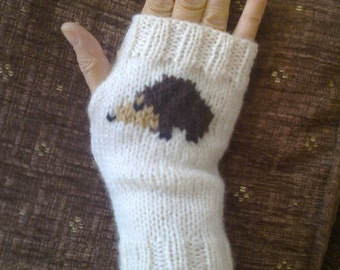 Wrist warmers - hedgehogs - fingerless gloves