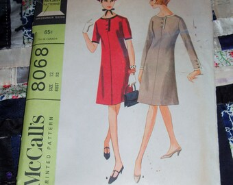 "Vintage 1965 McCalls Dress Pattern 8068 Sz  12, Bust 32"", Waist 25"", Hip 34"""