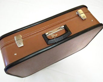 Vintage suitcase Made in the USSR Brown suitcase Red lining Suitcase with key Large suitcase Artificial leather Vintage 1970 Travel bag