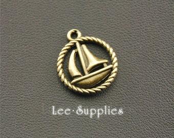 20pcs Antique Bronze Sailing Boat Charms Pendant A1299