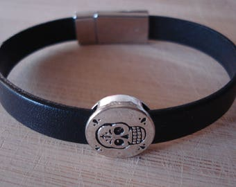 Handmade Black Leather Gothic / Biker Bracelet Wtih Skull Slide On