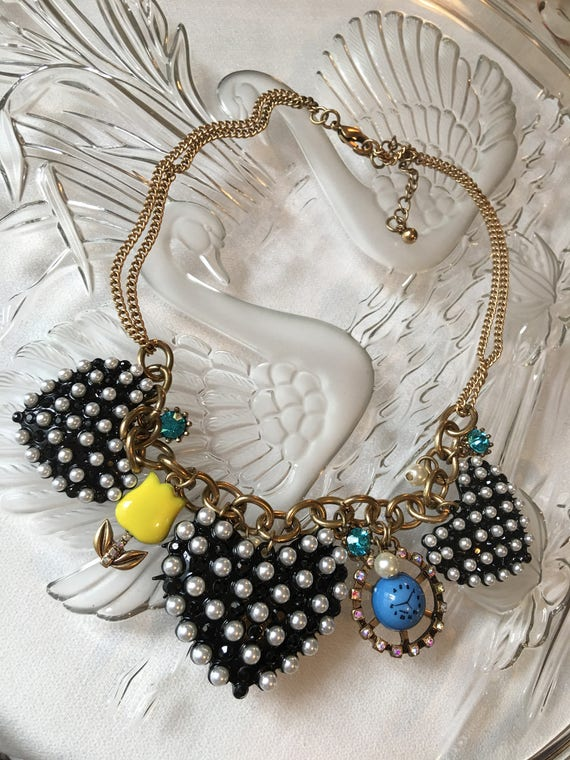 Ridiculously Cute (sort of weird) Punky  faux Pearl black Heart Charm Necklace with Tulip & clock Unworn Old Stock