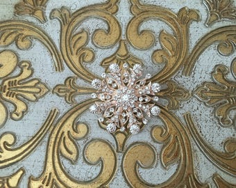 ROSE GOLD Crystal Brooch.ROSE Gold Rhinestone Brooch.Rose Gold Pin.Rose Gold Broach.Vintage Style.Victorian Style.Edwardian Style.rosegold