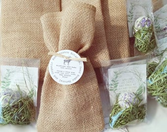 Burlap Wedding Favors, 50 Wildflower seed Bomb Favors with tag Country Wedding, Boho Wedding, Rustic Wedding, Burlap Wedding, Seed Bombs