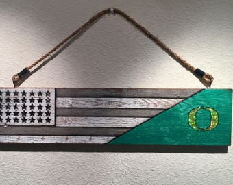 Oregon Ducks Flag Wall Hanging.