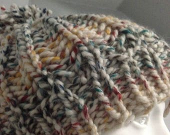 Ribbed knit hat (touque)