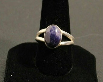 Sterling silver and blue sodalite gemstone ring