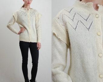 Vintage Sweater / Vintage Cardigan / Fuzzy Sweater / Furry Sweater / Wool Cardigan / Granny Sweater / Sweater / 60s Sweater / Medium Large