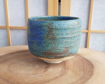 Blue green chawan, teabowl for the Japanese tea ceremony