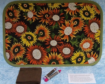 Childrens blackboard placemat, multi colored sunflowers