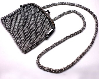 Chainmaille Purse with Shoulder Strap, Art Deco Purse, Chainmaille Bag, Chain Strap, Kiss Clasp